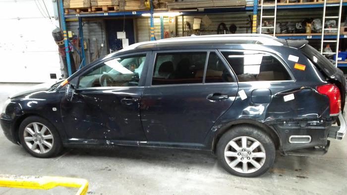 Toyota Avensis Wagon (T25/B1E) 2.2 D-4D 16V (klik op de afbeelding voor de volgende foto)  (klik op de afbeelding voor de volgende foto)  (klik op de afbeelding voor de volgende foto)  (klik op de afbeelding voor de volgende foto)  (klik op de afbeelding voor de volgende foto)  (klik op de afbeelding voor de volgende foto)  (klik op de afbeelding voor de volgende foto)
