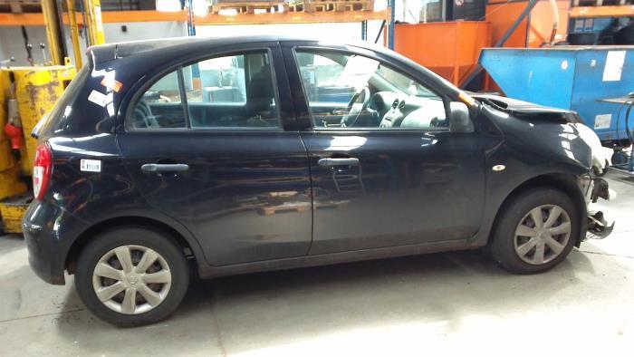 Nissan Micra (K13) 1.2 12V (klik op de afbeelding voor de volgende foto)  (klik op de afbeelding voor de volgende foto)  (klik op de afbeelding voor de volgende foto)  (klik op de afbeelding voor de volgende foto)