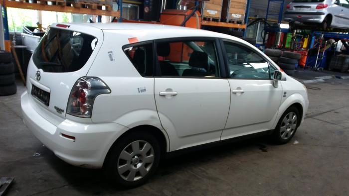 Toyota Corolla Verso (R10/11) 1.6 16V VVT-i (klik op de afbeelding voor de volgende foto)  (klik op de afbeelding voor de volgende foto)  (klik op de afbeelding voor de volgende foto)  (klik op de afbeelding voor de volgende foto)
