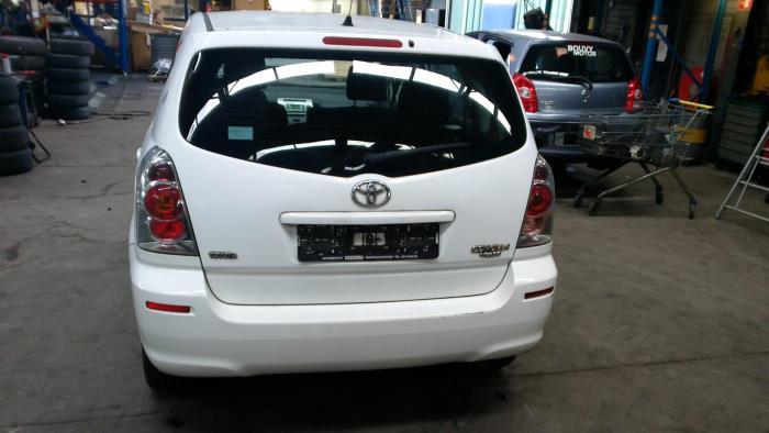 Toyota Corolla Verso (R10/11) 1.6 16V VVT-i (klik op de afbeelding voor de volgende foto)  (klik op de afbeelding voor de volgende foto)  (klik op de afbeelding voor de volgende foto)