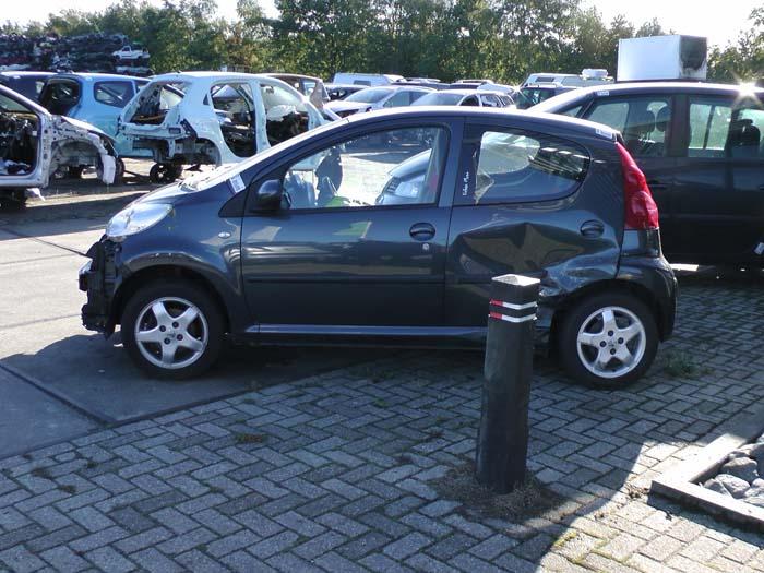 Peugeot 107 - Afbeelding 1 / 4