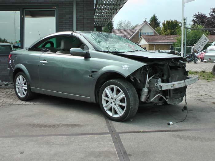 Renault Megane 2.0 16V 2003-03 / 2005-12