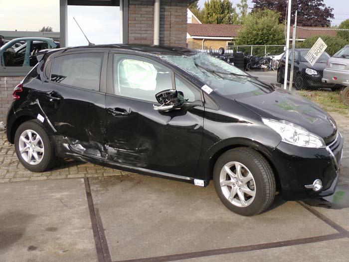 Peugeot 208 1.2 Vti 12V PureTech 2012-03 / 0-00