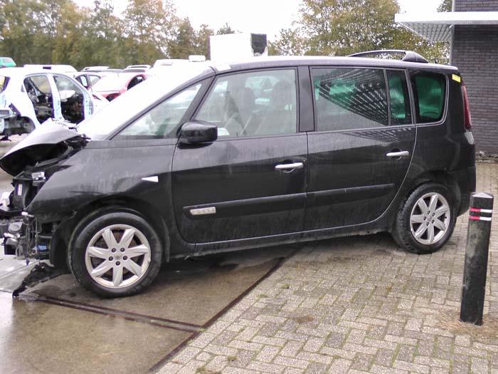 Renault Espace 2.0 dCi 16V 150 FAP 2010-10 / 2015-03
