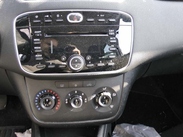 Fiat Punto - Picture 4 / 5
