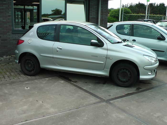 Peugeot 206 1.4 16V 2003-10 / 2006-05