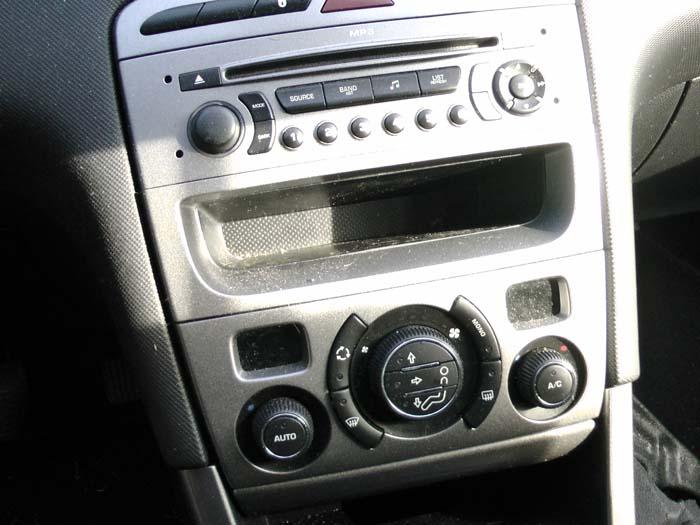 Peugeot 308 - Bild 3 / 3