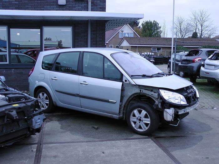 Renault Grand Scenic 2.0 16V 2004-04 / 2009-03