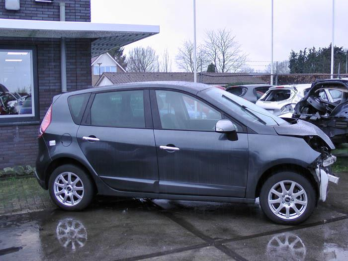 Renault Scenic - Picture 1 / 4