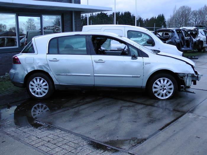Renault Corsa 1.2 16V 2009-12 / 2014-08