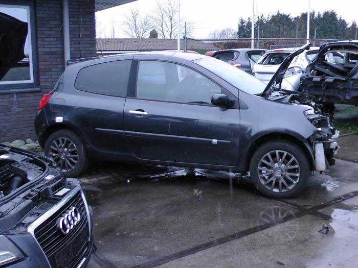 Renault Clio - Afbeelding 1 / 4