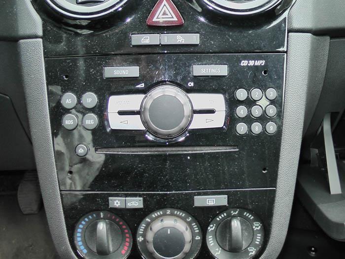Opel Corsa - Picture 4 / 4