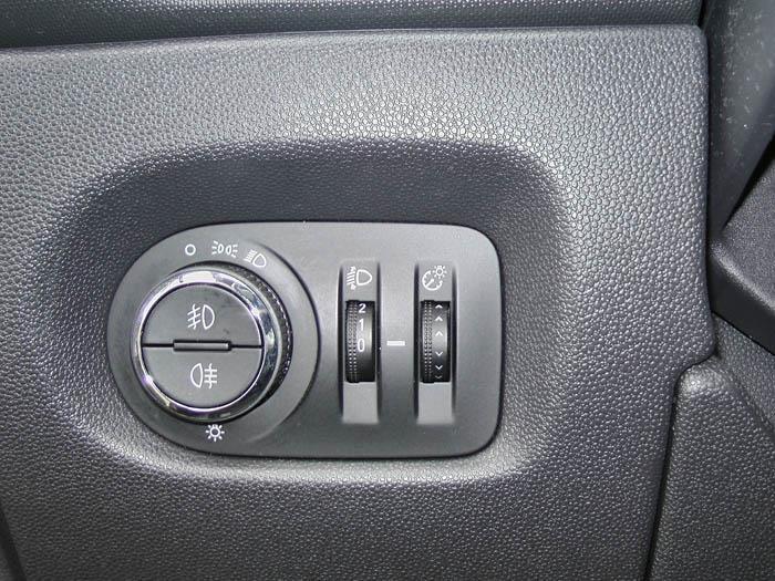 Opel Corsa - Picture 3 / 4