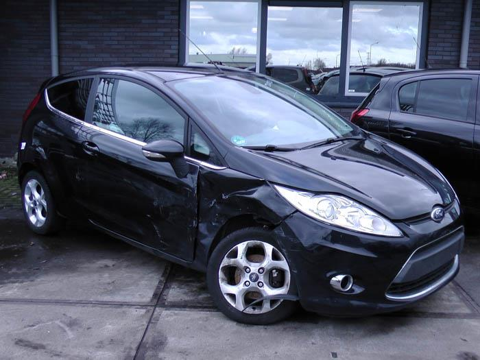 Ford Fiesta - Picture 2 / 6