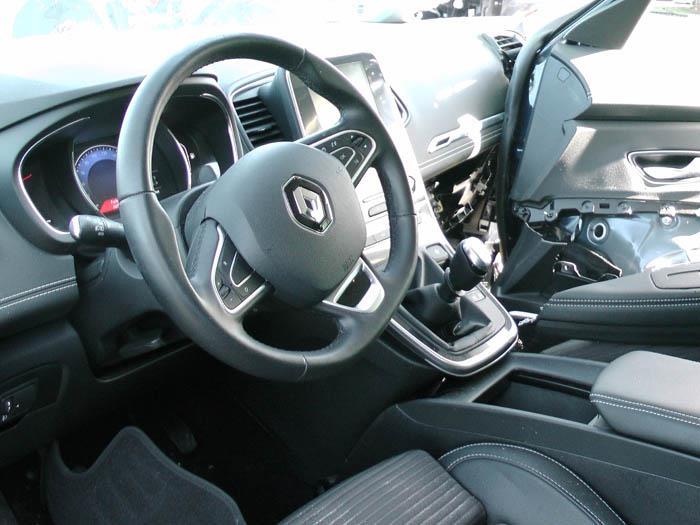 Renault Grand Scenic - Picture 2 / 2