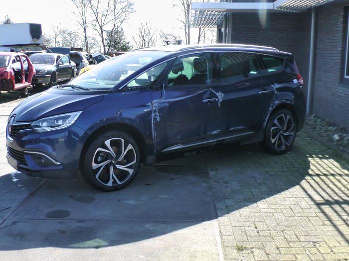 Renault Grand Scenic - Picture 1 / 2