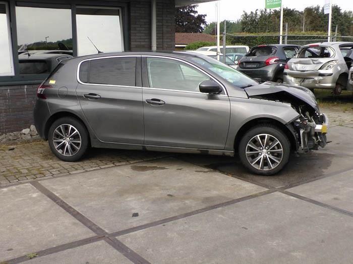 Peugeot 308 1.6 BlueHDi 120 2013-11 / 0-00