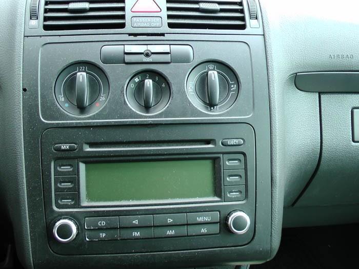Volkswagen Touran - Bild 3 / 5