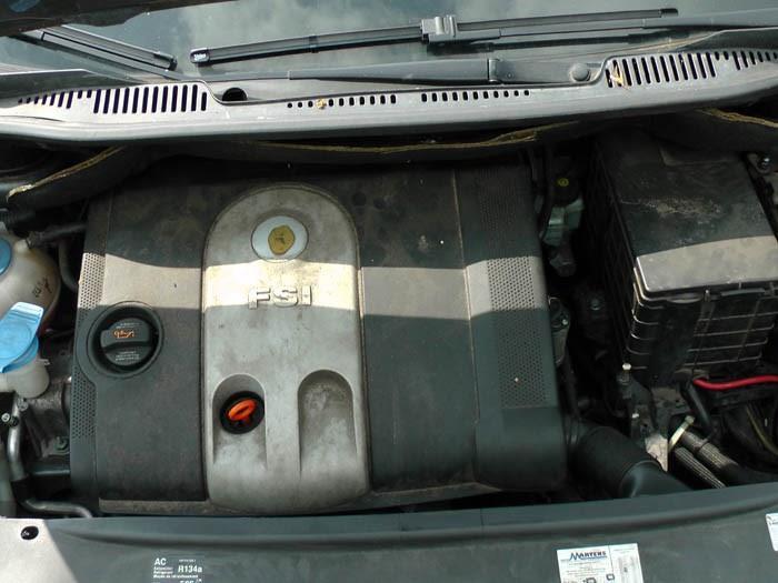Volkswagen Touran - Bild 5 / 5