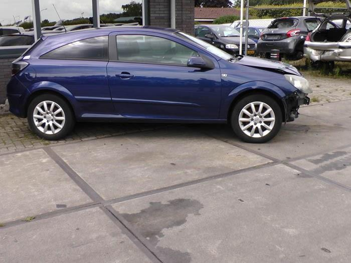 Opel Astra - Afbeelding 1 / 4