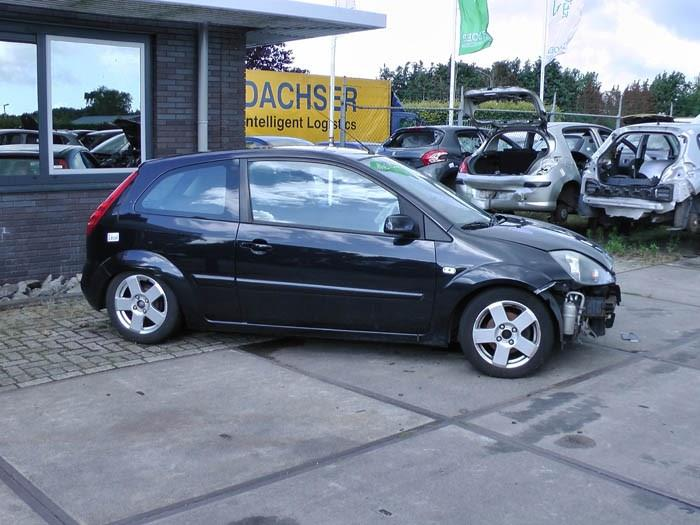 Ford Fiesta - Image 1 / 2