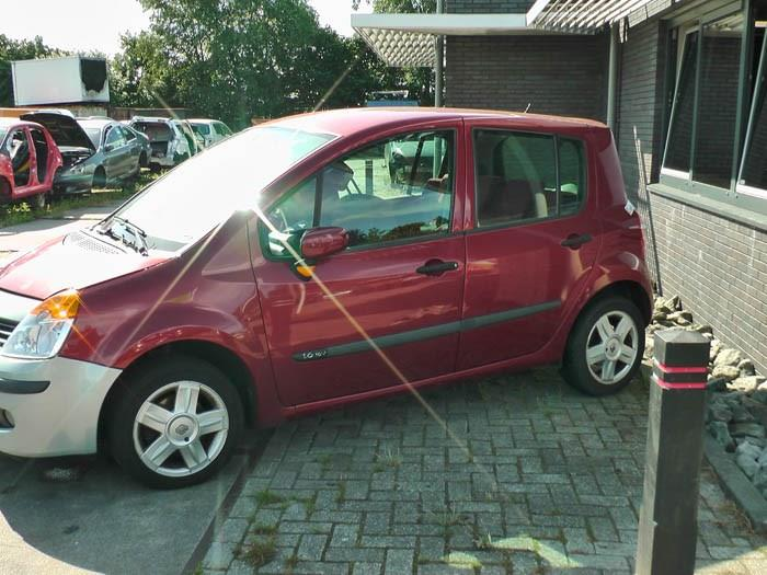 Renault 307 2.0 16V 2002-03 / 2005-06