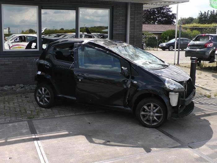 Toyota Aygo - Afbeelding 1 / 2