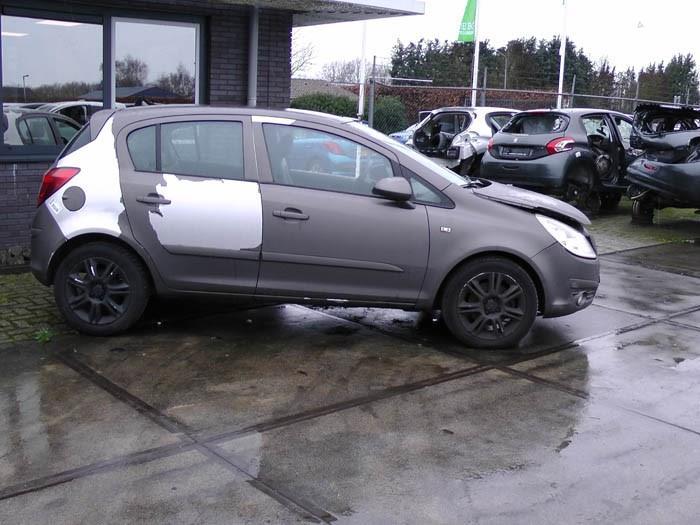 Opel Corsa - Image 1 / 2