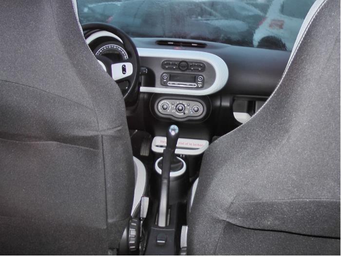 Renault Twingo - Image 2 / 5