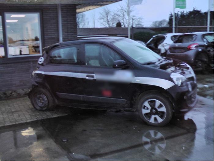 Renault Twingo - Image 1 / 5