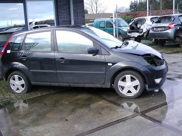 Ford Fiesta - Image 1 / 4