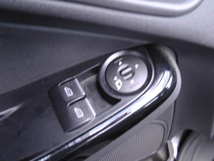 Ford Fiesta - Image 4 / 4
