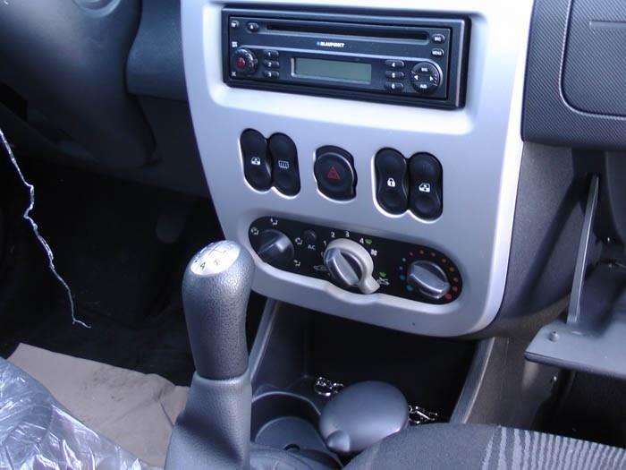 Dacia Sandero - Afbeelding 2 / 3