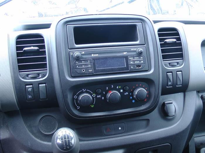 Renault Trafic - Picture 2 / 4