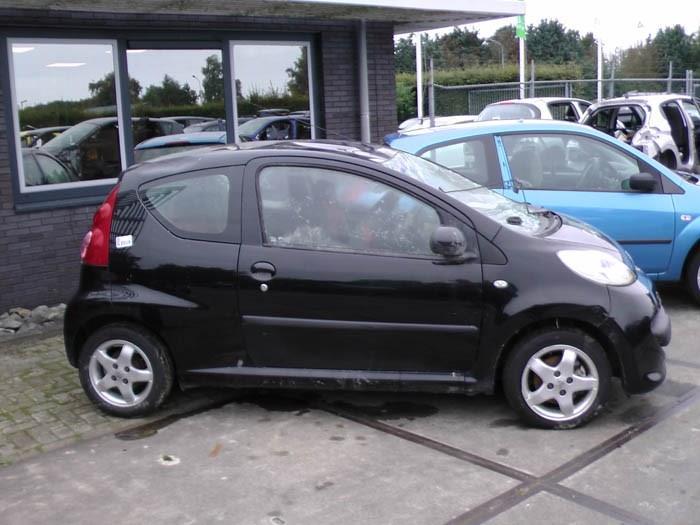 Peugeot 107 1.0 12V 2005-06 / 2014-05