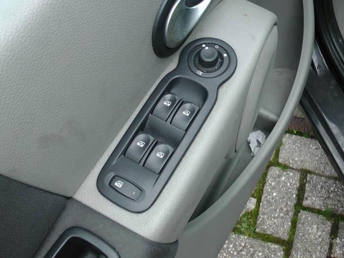 Renault Modus - Picture 3 / 4