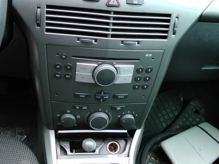 Opel Astra - Bild 2 / 3