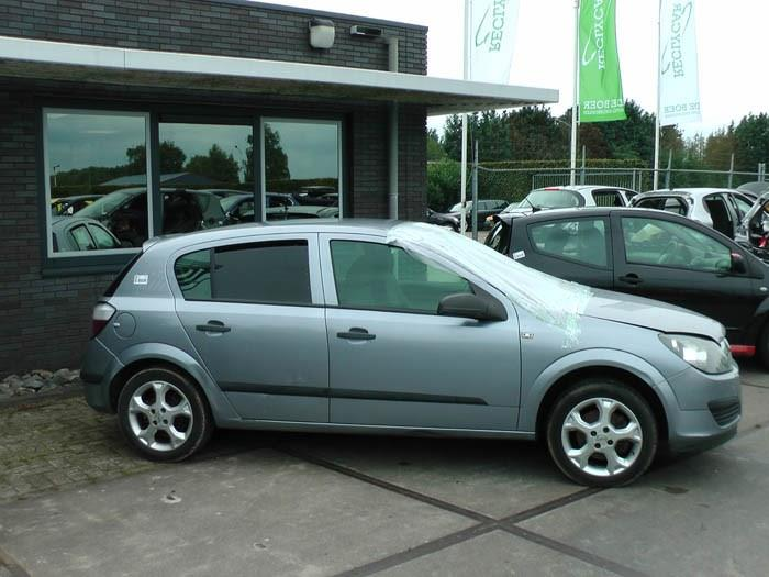 Opel Astra 1.4 16V Twinport 2004-03 / 2010-10