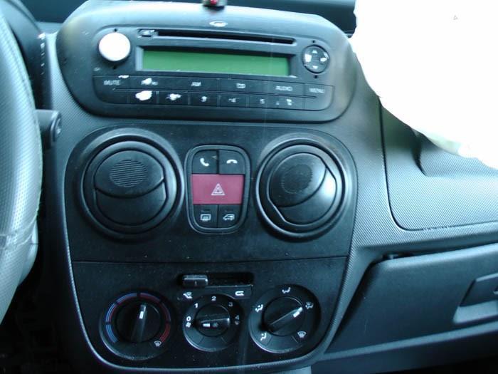 Peugeot Bipper - Bild 3 / 3