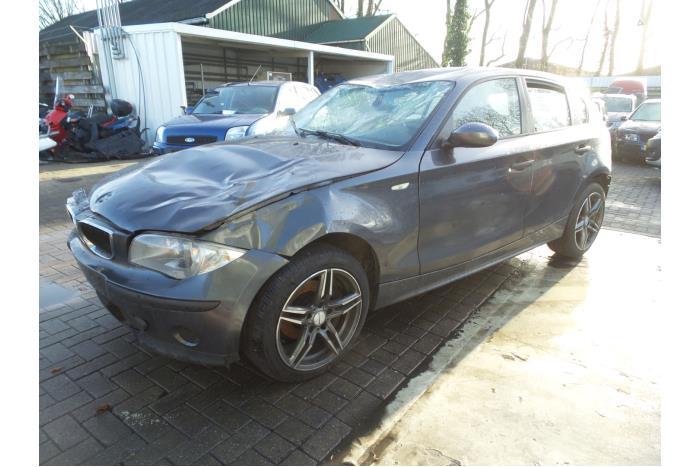 BMW 1-Serie 118d 16V 2003-11 / 2007-02