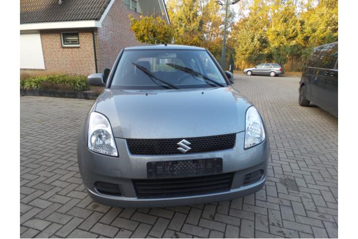 Suzuki Swift 1.3 VVT 16V 2005-02 / 2010-09