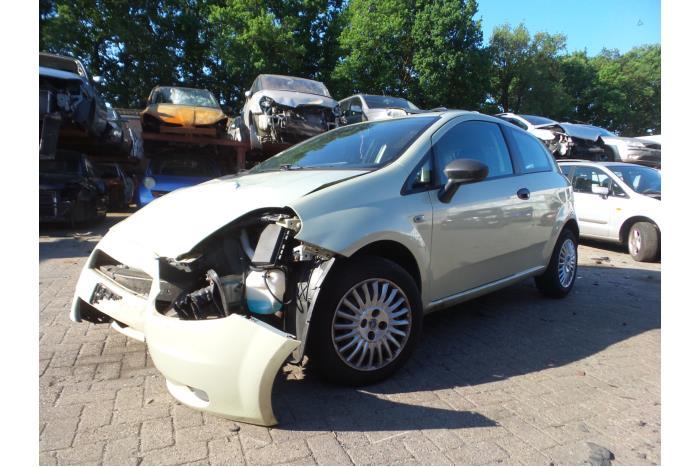 Fiat Punto Grande 1.2 2005-10 / 0-00