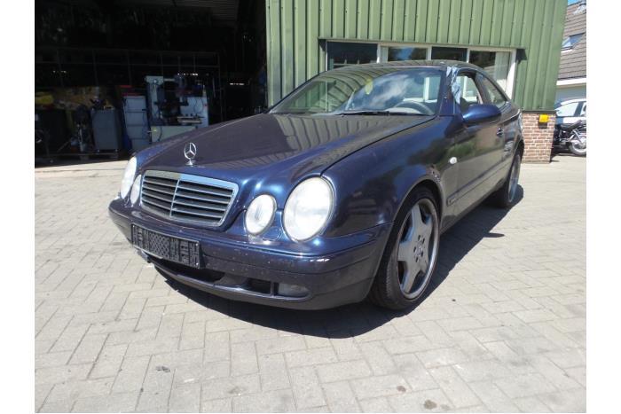 Mercedes CLK 3.2 320 V6 18V 1997-06 / 2002-06