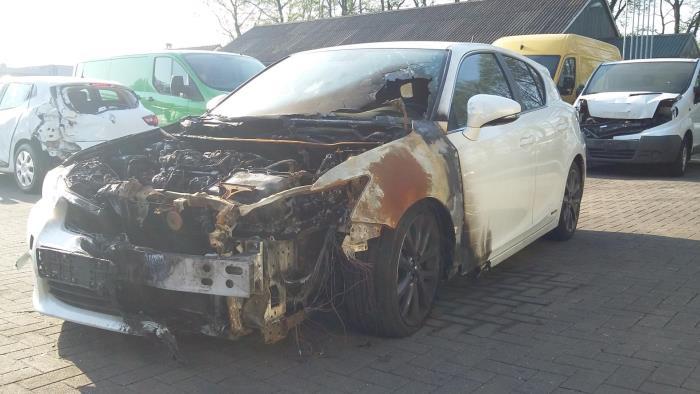 Lexus CT 200h 1.8 16V 2010-12 / 0-00