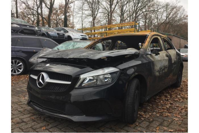 Mercedes A-Klasse 1.6 A-160 16V 2015-07 / 2018-05