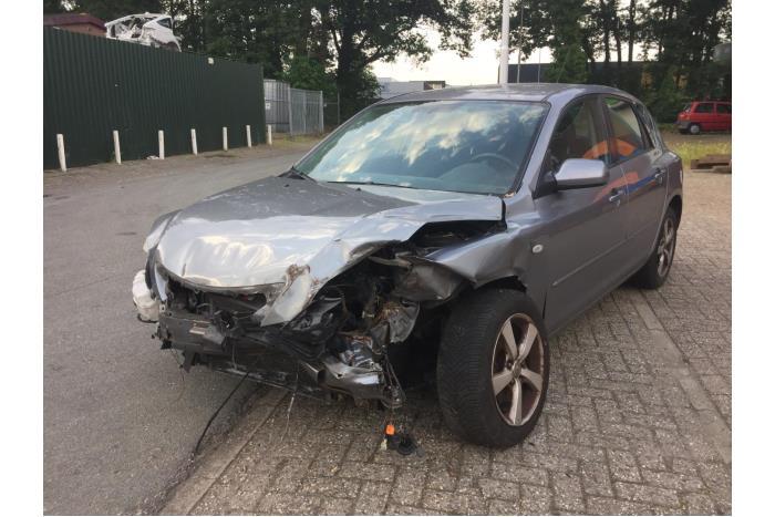 Mazda 3. 1.6i 16V 2003-10 / 2009-06