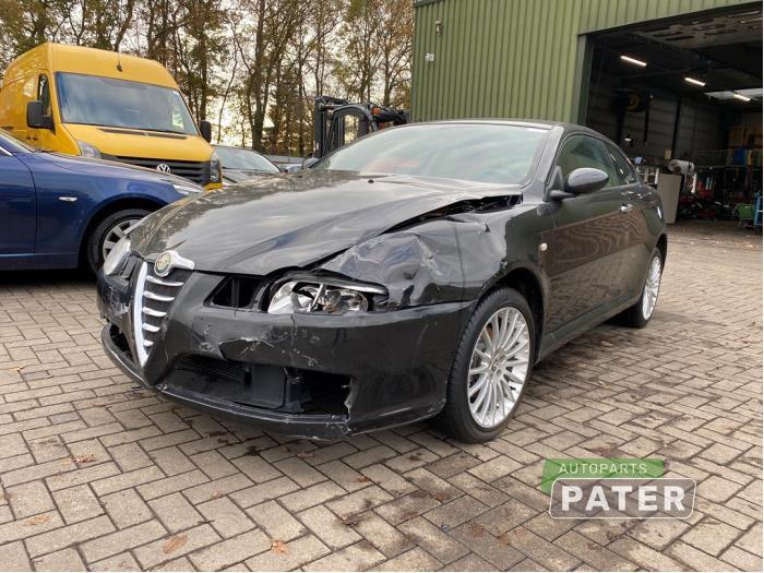 Alfa Romeo GT 2.0 JTS 16V 2003-11 / 1009-00