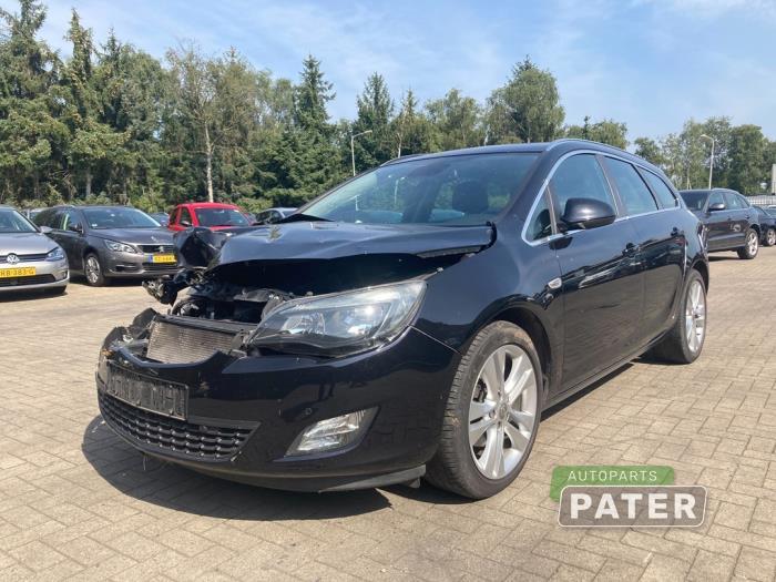 Opel Astra J 10- 1.7 CDTi 16V 2010-10 / 2015-10