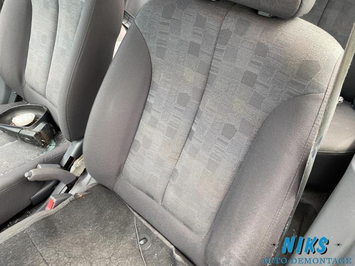 Hyundai Accent 1.3 12V Sloopvoertuig (2004, Blauw)