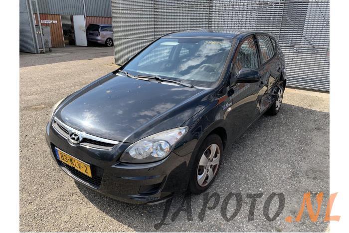 Hyundai I30 2010 - large/e392a49b-974f-4f45-9d83-fed89952a4e1.jpg